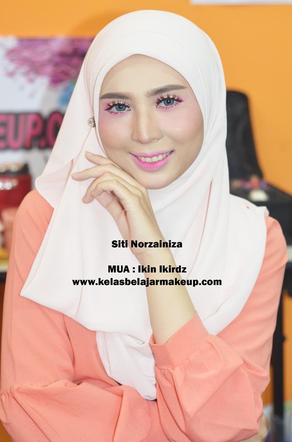 barbie-look-muslimah-makeup-bridal-pengantin-putrajaya-puchong-solekan-kelas-belajar-makeup-kulit-muka-wajah-sihat-muslimah-mekap